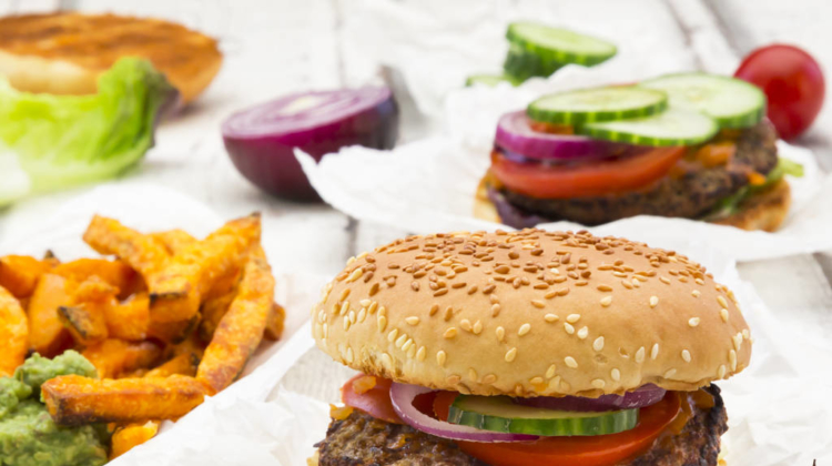 Ditching one portion of red meat a day reduces risk of early death